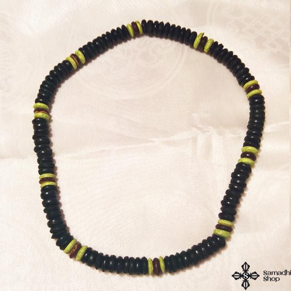 Fa nyaklánc színesszemekkel2