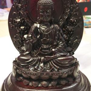 lő Buddha szobor