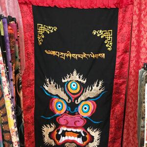 Mahakála hímzett nepáli ajtófüggöny