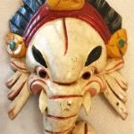 Fából faragott nepáli Ganésa maszk