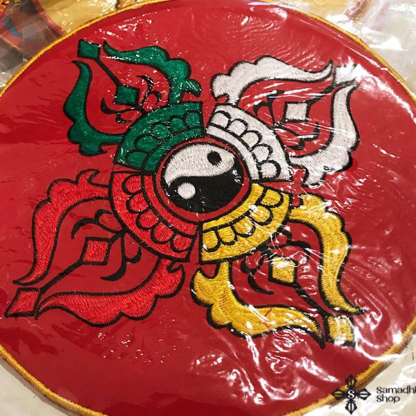 Hímzett nepáli oltárterítő terítő dupla dordzse szimbólummal