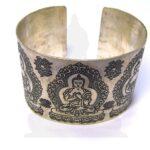 karkötő fém buddha