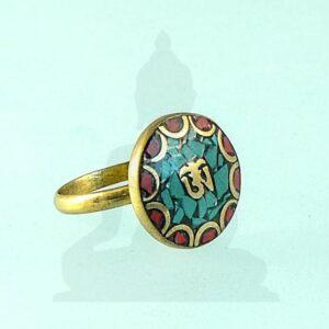 om mantrás gyűrű
