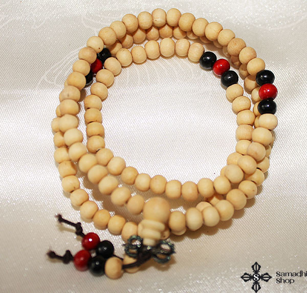 Buddhist 108 Prayer Beads Wooden Mala Necklace (6 mm)